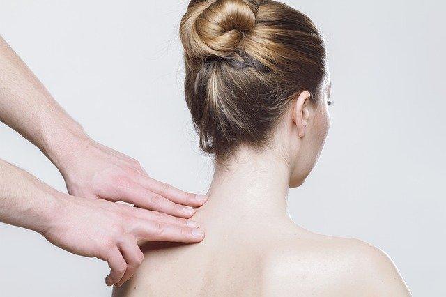 Mal de dos : les conseils d'ostéopathe
