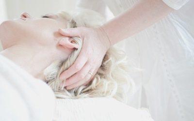 Qu'est-ce que l'ostéopathie ?  Symptômes et avis de spécialiste !